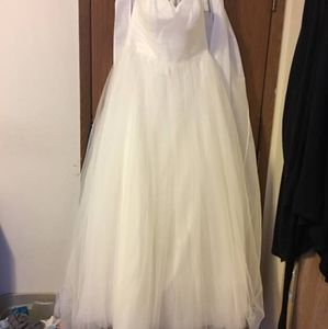 Size 12 David's bridal gown